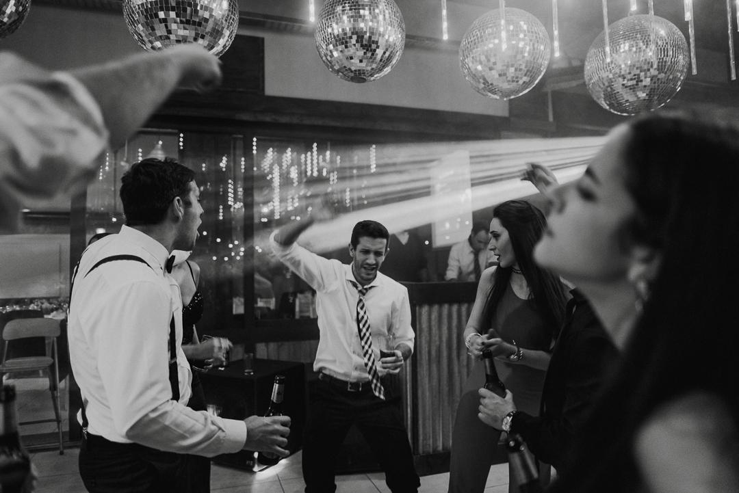 Male-Fede-Casamiento-en-Espacio-PK-Buenos-Aires-Emilia-Gualdoni-Fotografia